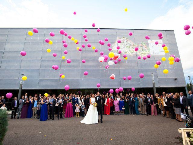 La boda de Adri y Yeni en Carracedelo, León 24