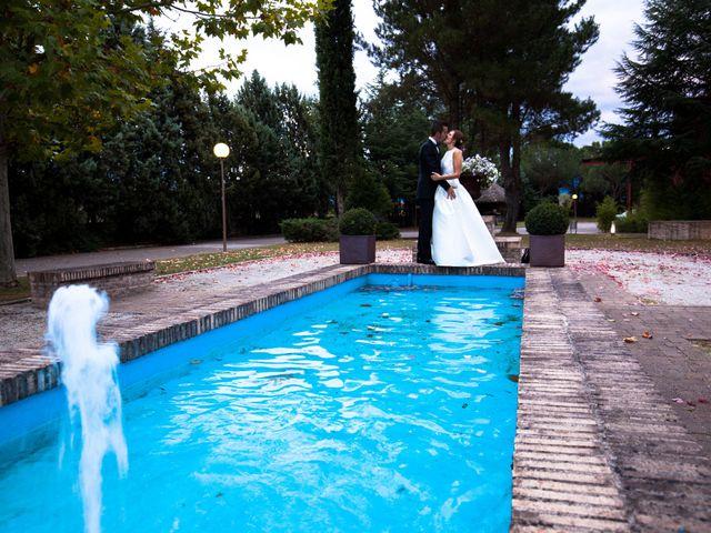 La boda de Adri y Yeni en Carracedelo, León 28