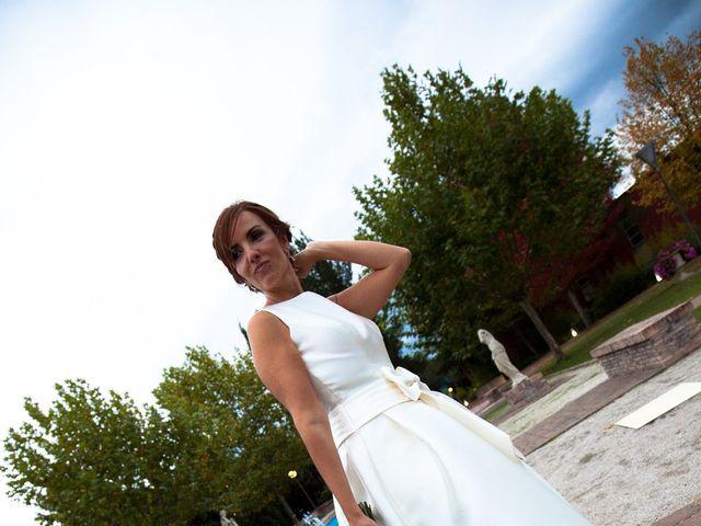 La boda de Adri y Yeni en Carracedelo, León 29