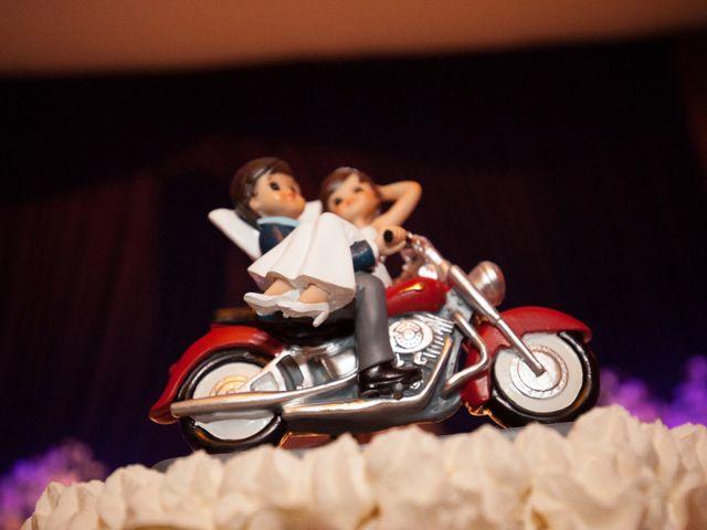 La boda de Adri y Yeni en Carracedelo, León 46