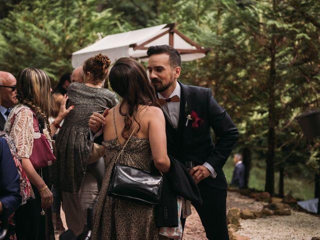 La boda de Jordi y Jennifer en Vilanova De Sau, Barcelona 18