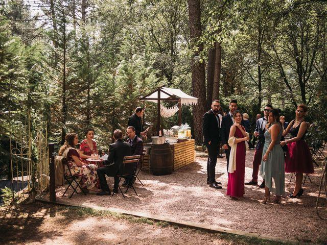 La boda de Jordi y Jennifer en Vilanova De Sau, Barcelona 24