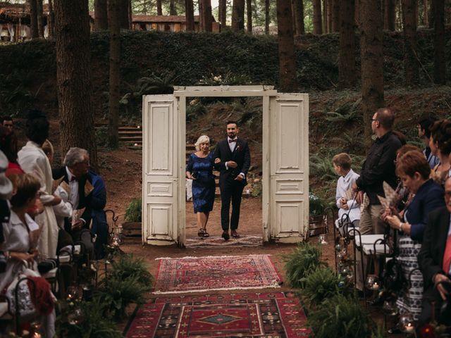 La boda de Jordi y Jennifer en Vilanova De Sau, Barcelona 38