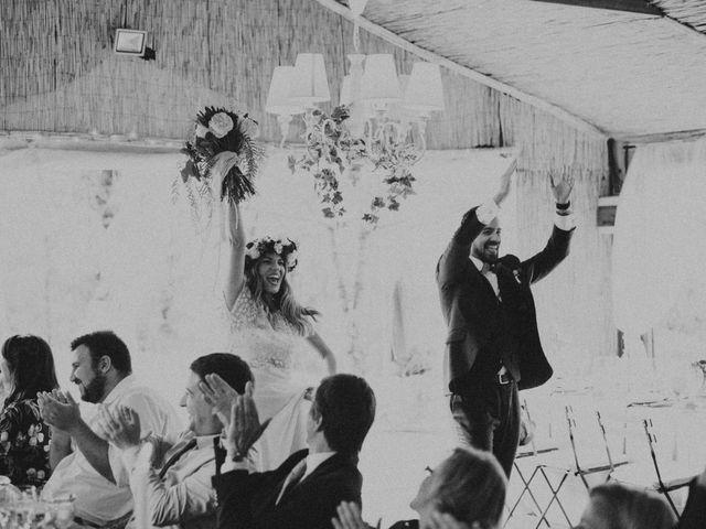 La boda de Jordi y Jennifer en Vilanova De Sau, Barcelona 68