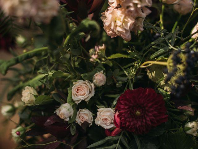 La boda de Jordi y Jennifer en Vilanova De Sau, Barcelona 32