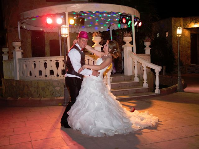 La boda de Álex y Ana en Tavernes De La Valldigna, Valencia 2