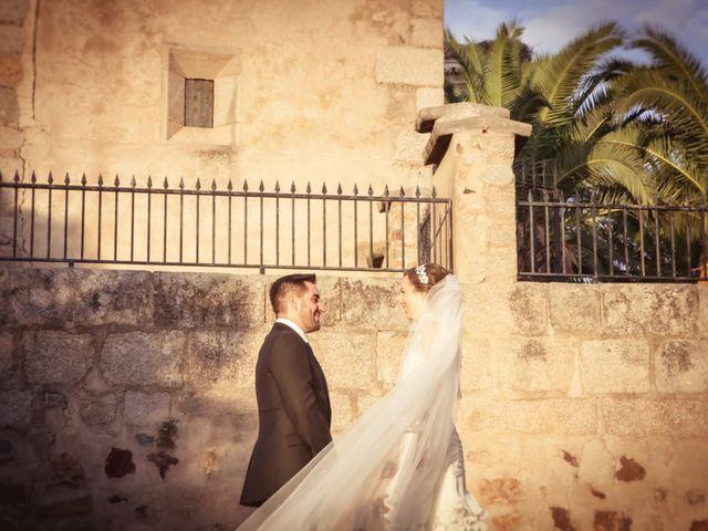 La boda de Antonio y Elena en Don Benito, Badajoz 12