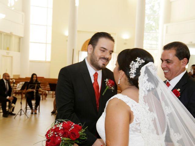 La boda de Roberto y Mercedes en Dos Hermanas, Sevilla 11