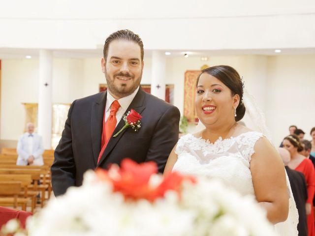 La boda de Roberto y Mercedes en Dos Hermanas, Sevilla 14