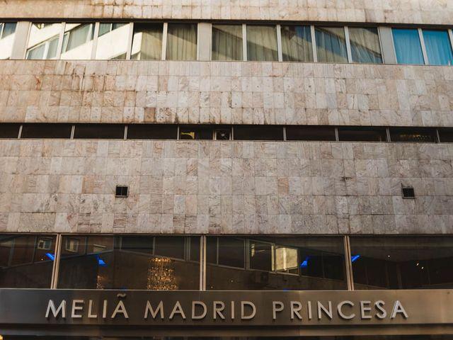 La boda de Carlos y Mónica en Madrid, Madrid 21