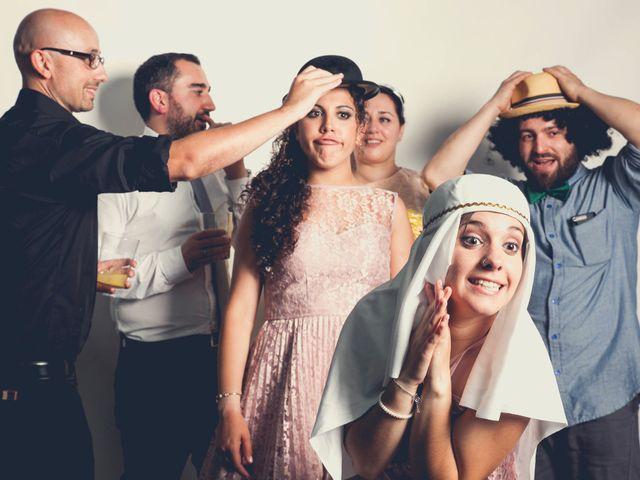 La boda de Viti y Iria en Santiago De Compostela, A Coruña 24