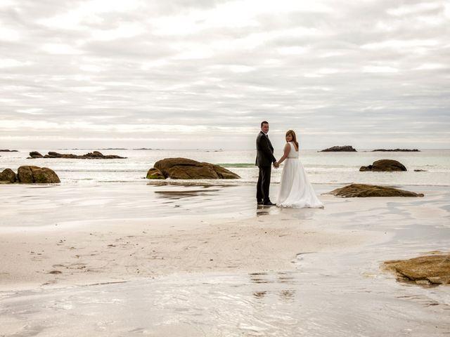 La boda de David y Isabel en Santiago De Compostela, A Coruña 23