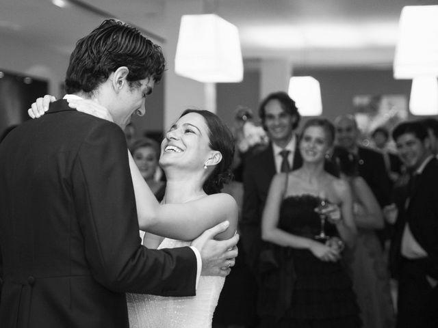La boda de Guille y Preciosa en Santiago De Compostela, A Coruña 20