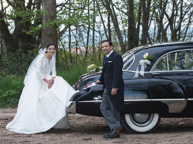 La boda de Juan y Raquel en Oviedo, Asturias 8