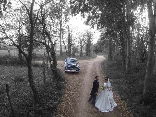 La boda de Juan y Raquel en Oviedo, Asturias 15