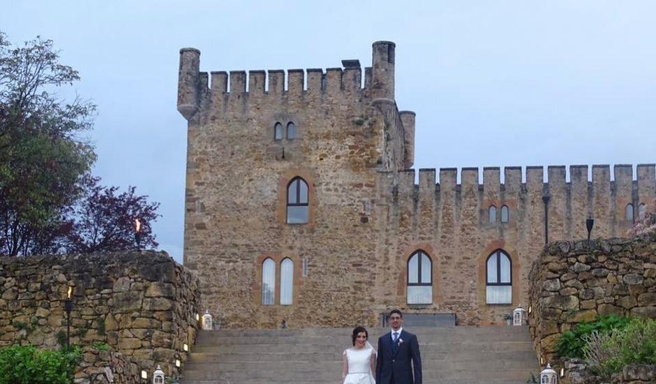 La boda de Chris y Eva en Oviedo, Asturias