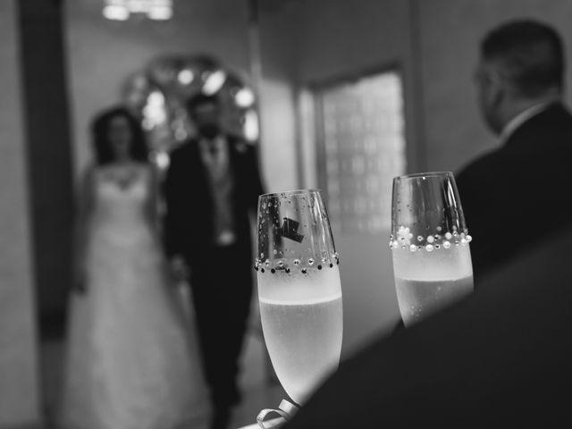 La boda de Juan Manuel y Laura en Coslada, Madrid 2