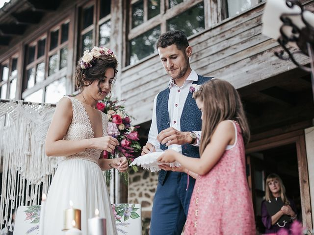 La boda de Adri y Paula en Torazo, Asturias 31
