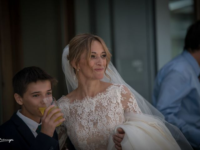 La boda de Hugo y Yolanda en Estación Canfranc, Huesca 11