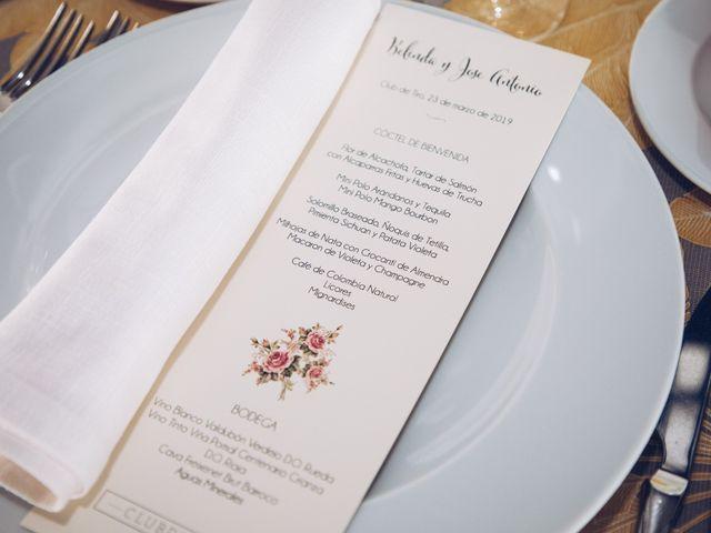 La boda de José Antonio y Belinda en Madrid, Madrid 24