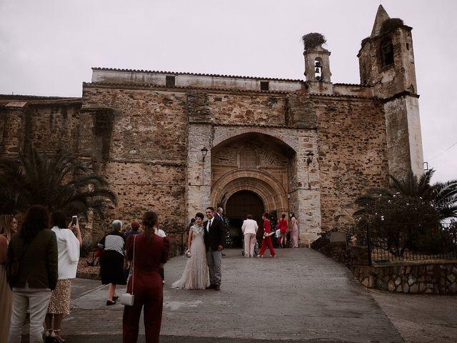 La boda de Cristian y Marta en Cáceres, Cáceres 61