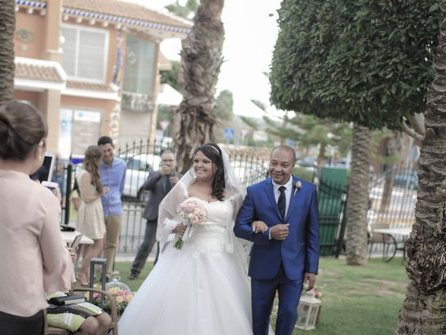 La boda de Nestor y Lorrayne en Ciudad Quesada, Alicante 30