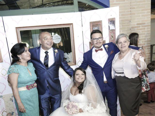 La boda de Nestor y Lorrayne en Ciudad Quesada, Alicante 33