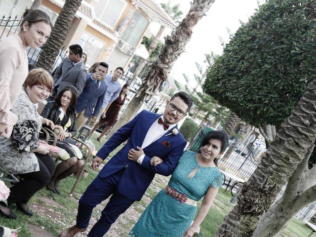 La boda de Nestor y Lorrayne en Ciudad Quesada, Alicante 41