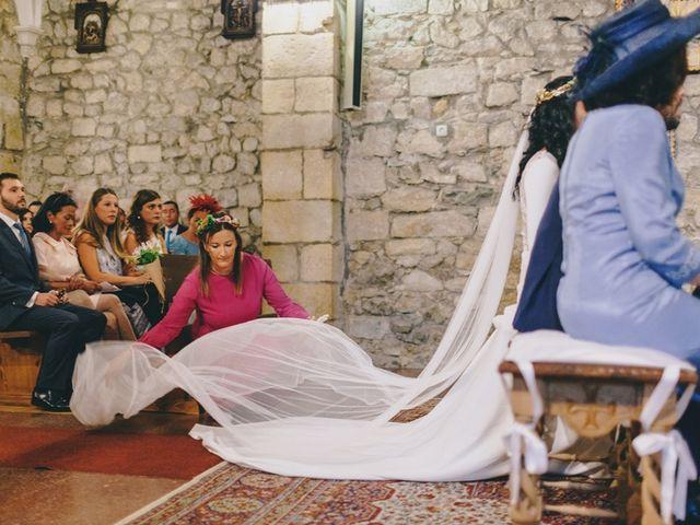 La boda de Chema y Catherine en Puente Arce, Cantabria 26