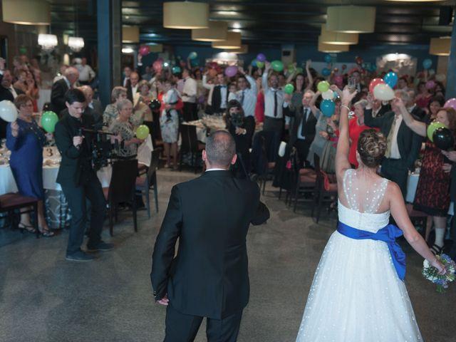La boda de Ángel y Isabel en Requena, Valencia 42