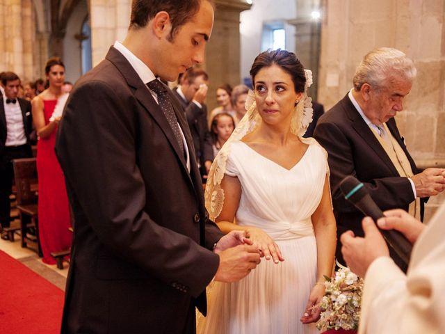 La boda de Alberto y Natalia en Villaverde De Pontones, Cantabria 19