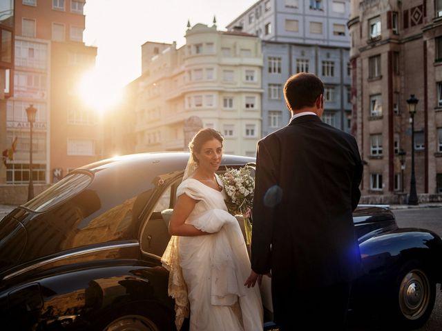 La boda de Alberto y Natalia en Villaverde De Pontones, Cantabria 37