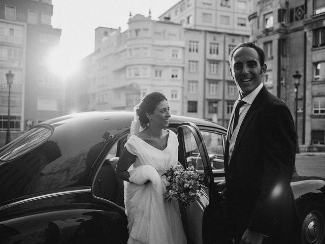 La boda de Alberto y Natalia en Villaverde De Pontones, Cantabria 38