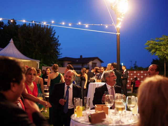 La boda de Alberto y Natalia en Villaverde De Pontones, Cantabria 54
