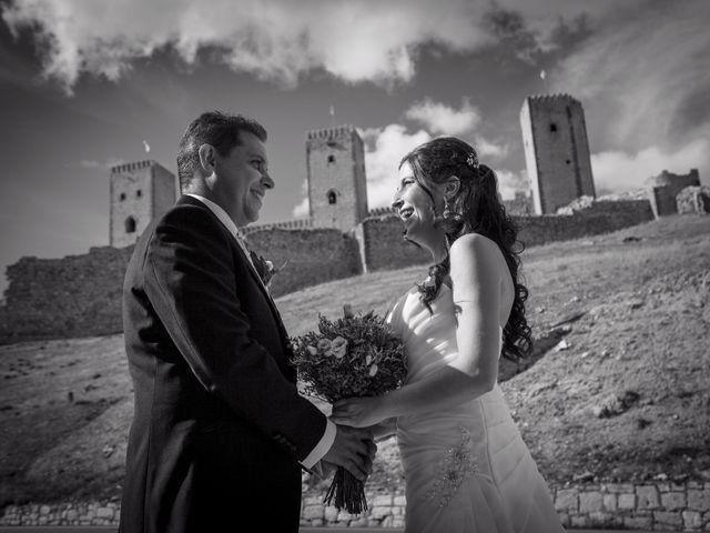 La boda de Víctor y Laura en Molina De Aragon, Guadalajara 32