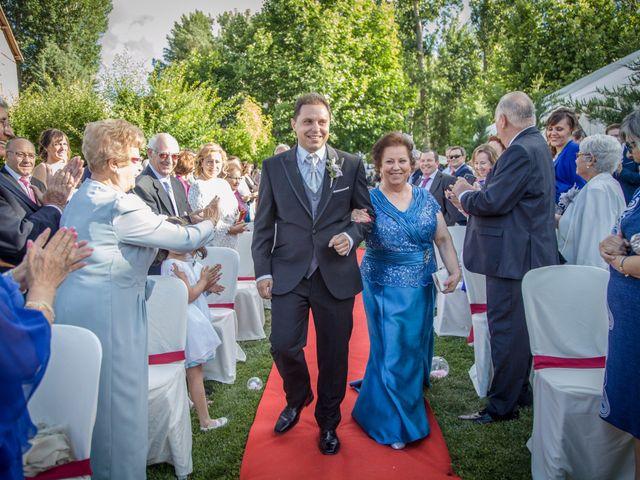 La boda de Víctor y Laura en Molina De Aragon, Guadalajara 43