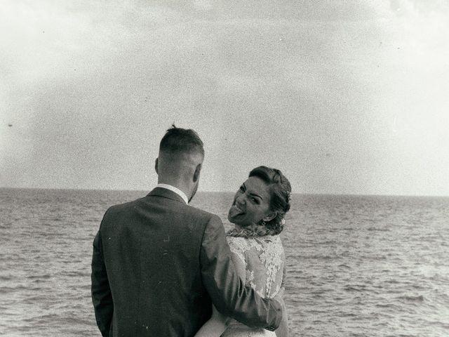 La boda de Juanfra y Desiree en Vilanova I La Geltru, Barcelona 9