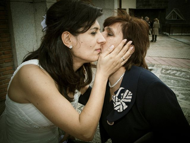 La boda de Gustavo y Ana en Torrelodones, Madrid 28