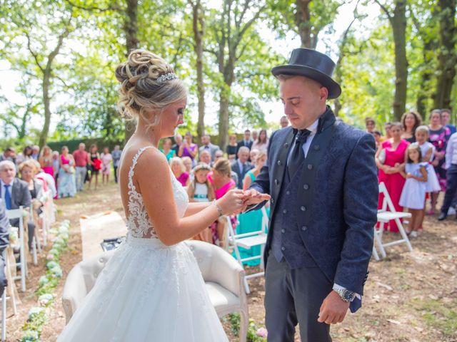 La boda de Edu y Rebeca en Ferrol, A Coruña 25