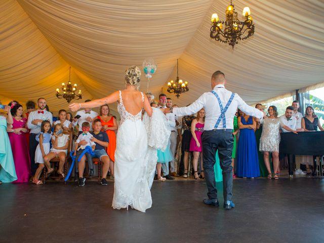 La boda de Edu y Rebeca en Ferrol, A Coruña 32