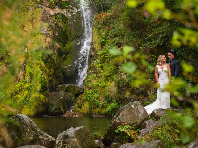 La boda de Edu y Rebeca en Ferrol, A Coruña 41