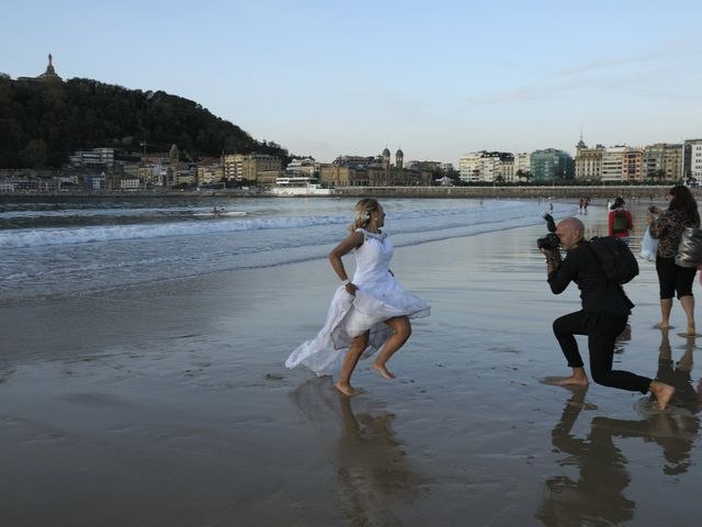 La boda de David y Astrid en Donostia-San Sebastián, Guipúzcoa 9