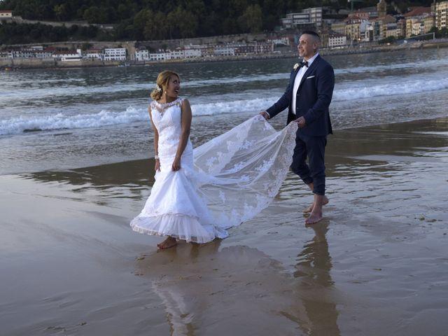 La boda de David y Astrid en Donostia-San Sebastián, Guipúzcoa 12