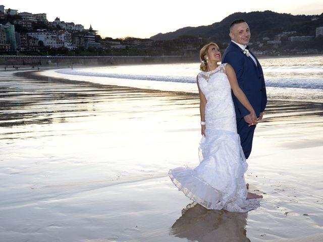 La boda de David y Astrid en Donostia-San Sebastián, Guipúzcoa 14