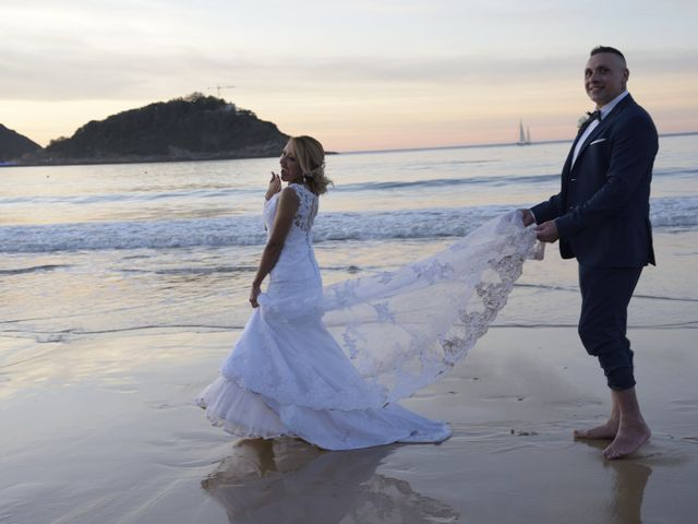 La boda de David y Astrid en Donostia-San Sebastián, Guipúzcoa 24