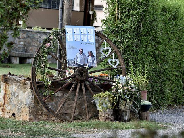 La boda de Mª Angeles y Josep en Sallent, Barcelona 44