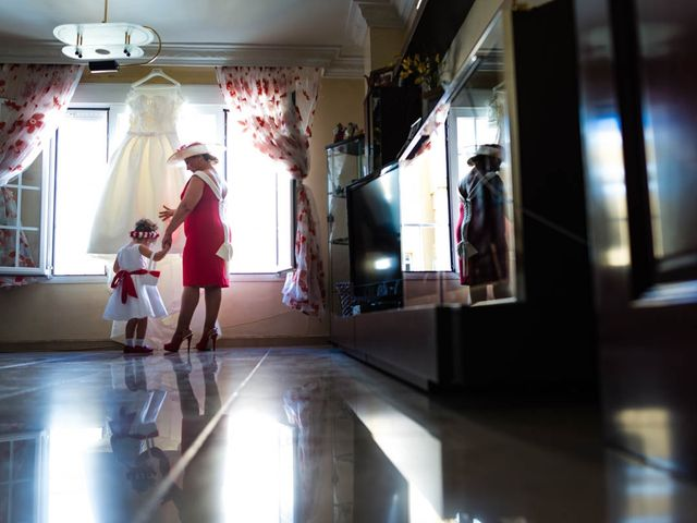 La boda de Miguel y Ana en Chiclana De La Frontera, Cádiz 12