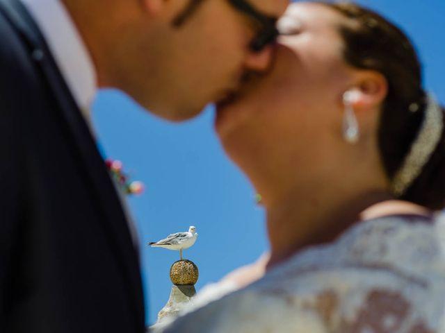 La boda de Miguel y Ana en Chiclana De La Frontera, Cádiz 25