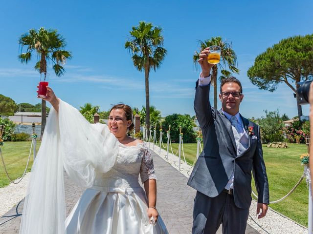 La boda de Miguel y Ana en Chiclana De La Frontera, Cádiz 30