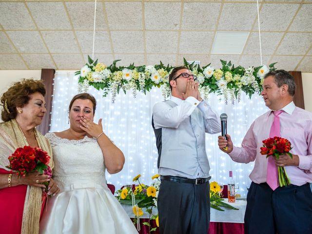 La boda de Miguel y Ana en Chiclana De La Frontera, Cádiz 38